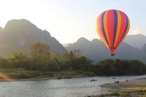 Ballon à air chaud à Vang Vieng